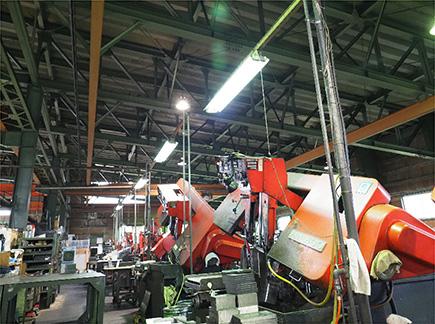 写真:工場内部